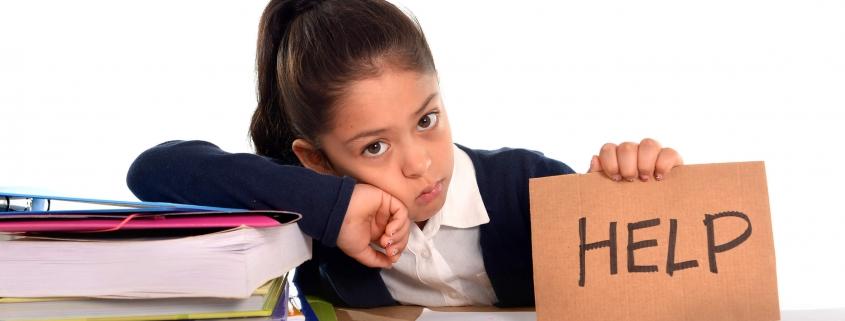 Criança dificuldade aprendizado   R2 Psicologia
